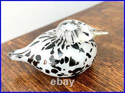 Nuutajarvi Oiva Toikka Small Goldcrest Pikku Hippi Tiny White Art Glass Bird