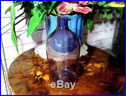 Timo Sarpaneva Iittala Crystal Lintupullo 1-400 Amethyst 7 1/2 Bird Bottle 1957